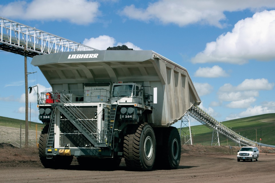 Liebherr T 282C and Liebherr T 284 are two 400t payload capacity ultra-class haul trucks designed and manufactured by Liebherr.